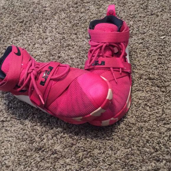 lebron Shoes   Pink Nike Lebron 9